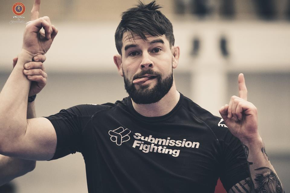 Helgens tävling: Submit – Submission Wrestling vs. Gatuvåld